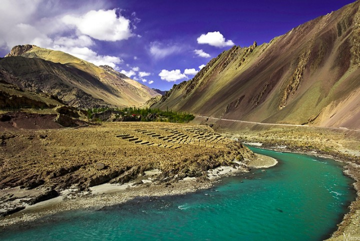 Rafting-in-Ladakh-3-North India.jpg